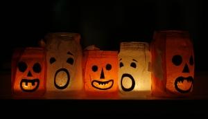 Halloween: szörnyen szellemes hangulat a lakásban